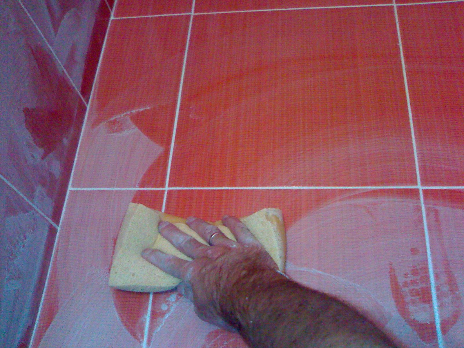 Как укладывать напольную плитку своими руками