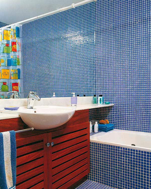 Дизайн ванной в синих оттенках