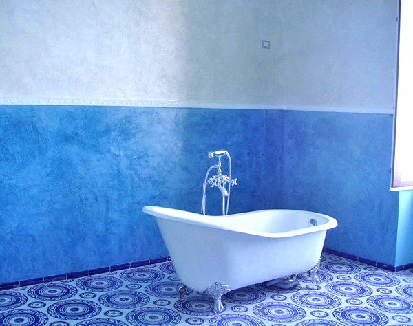 Как и чем покрасить стены в ванной комнате своими руками