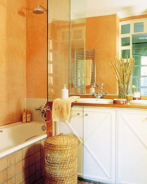 Дизайн ванной в теплых тонах