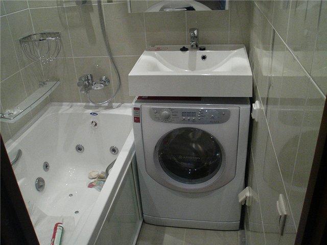 Размещение стиральной машинки под раковиной
