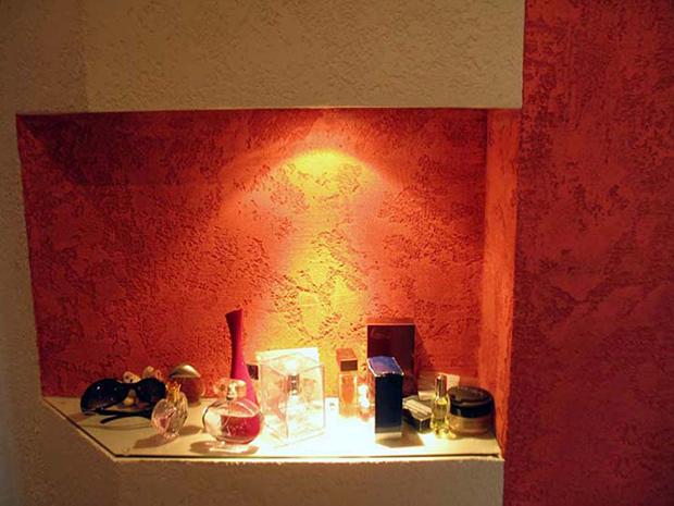 Декоративная штукатурка стен в прихожей и коридоре