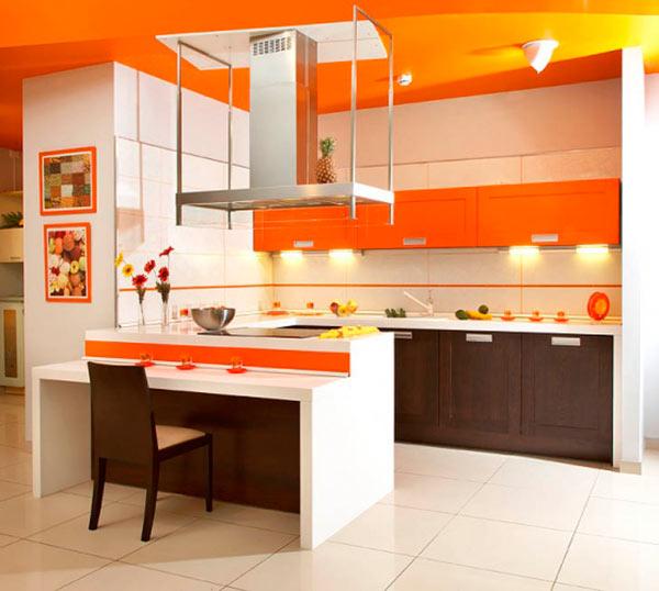 Яркая оранжевая кухня