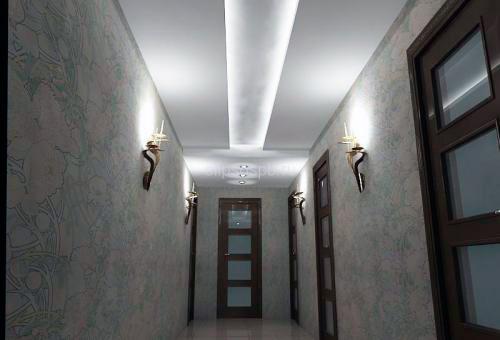 Красивый потолок в прихожей