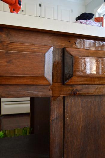 Пустой шкаф без ящиков