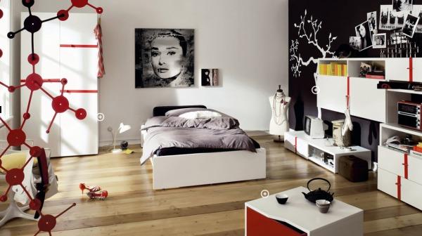 спальня в красно черных цветах