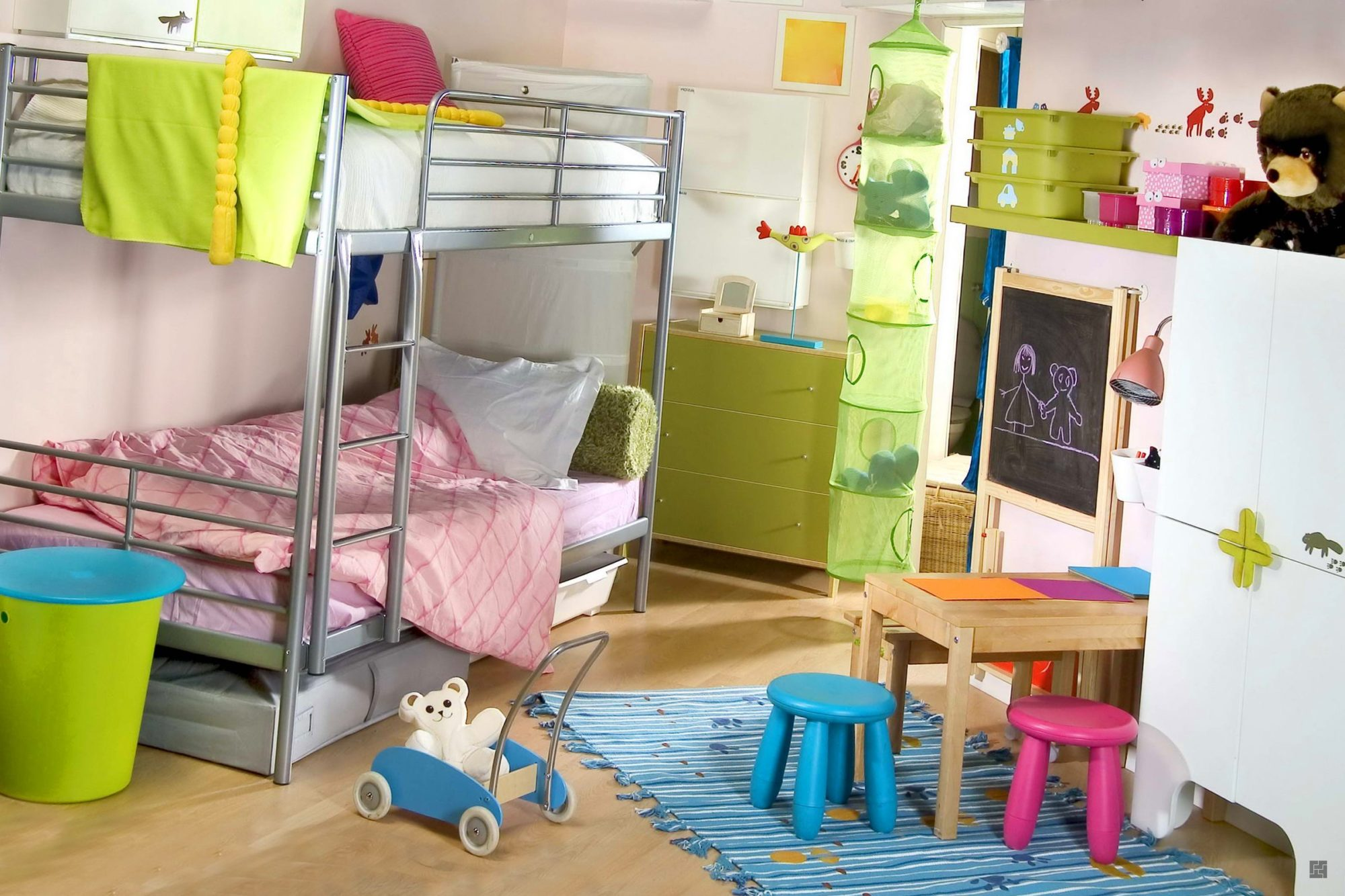 Дизайн детской комнаты для двух мальчиков (фото): http://remboo.ru/design/detskaya-komnata-dlya-dvuh-malchikov.html