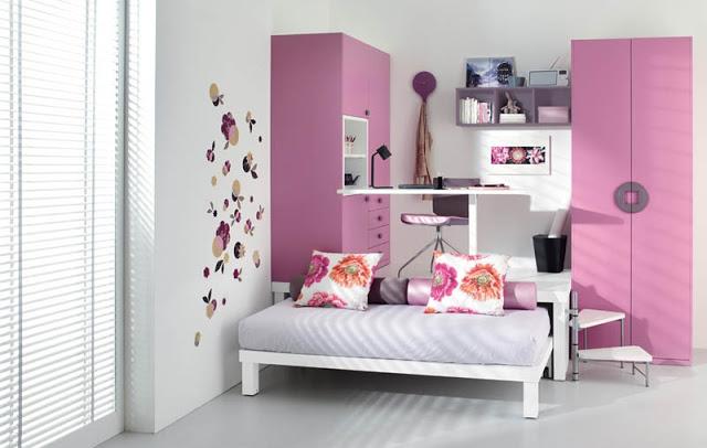 Компактное спальное и рабочее место для ребенка в маленькой комнате
