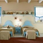 Светлый интерьер комнаты для двоих детей