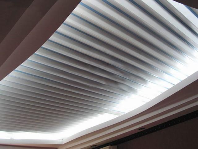 Устройство реечного потолка