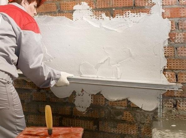 Выбор штукатурки для стен и потолка