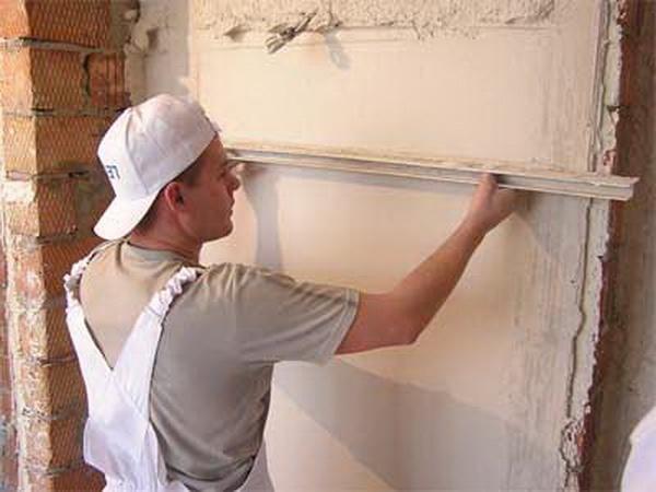 Нанесение Ротбанда на стену