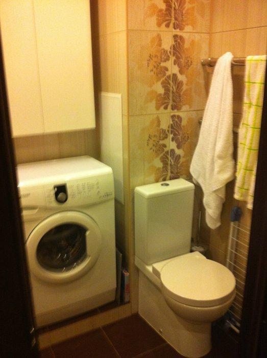 Компакт-унитаз и стиральная машинка