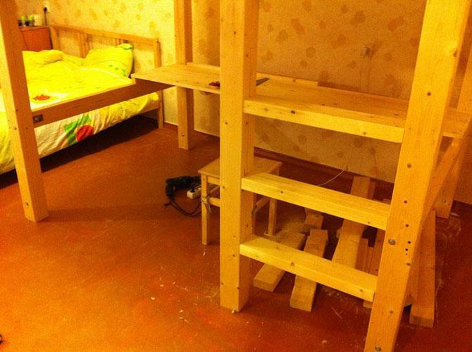 Как сделать двухъярусную кровать своими руками из бруса 53