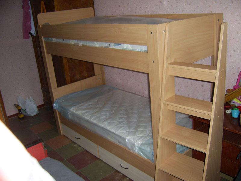 Двухъярусные кровати для детей своими руками фото