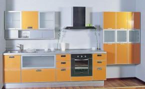 Пластиковые фасады на кухне