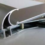 Нижние ролики прикручиваются вместе с болтами