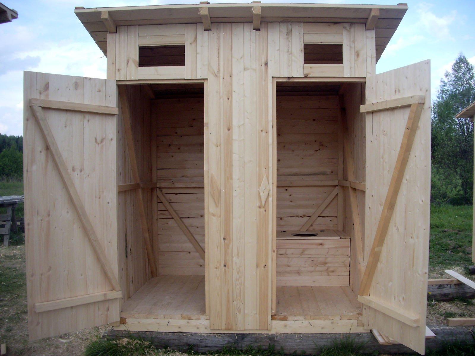 Деревянные туалеты из вагонки