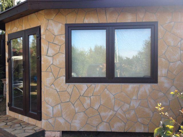 Облицовка наружных стен дома гибким камнем