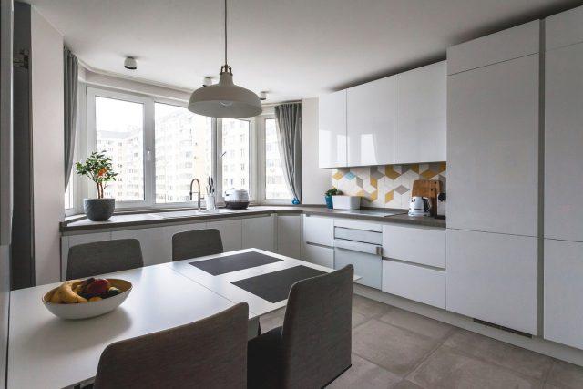 Кухня двухкомнатной квартиры