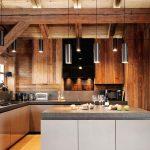 Кухня в стиле шале средних размеров
