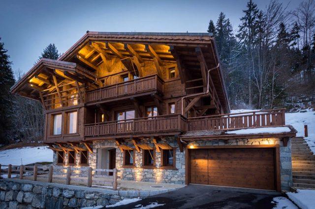 Дом вшвейцарском стиле